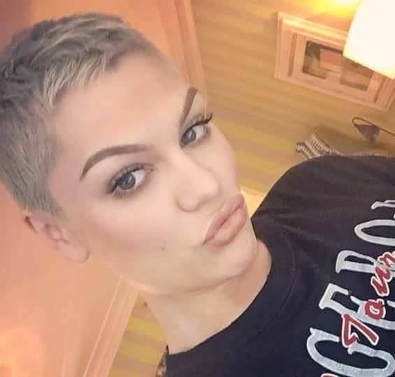 Jessie J http://ift.tt/1VJvypk