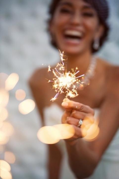 Feuerwerk und Wunderkerzen 4. Juli Hochzeitsideen | Bridal Musings Hochzeit Blo …   – Mariage