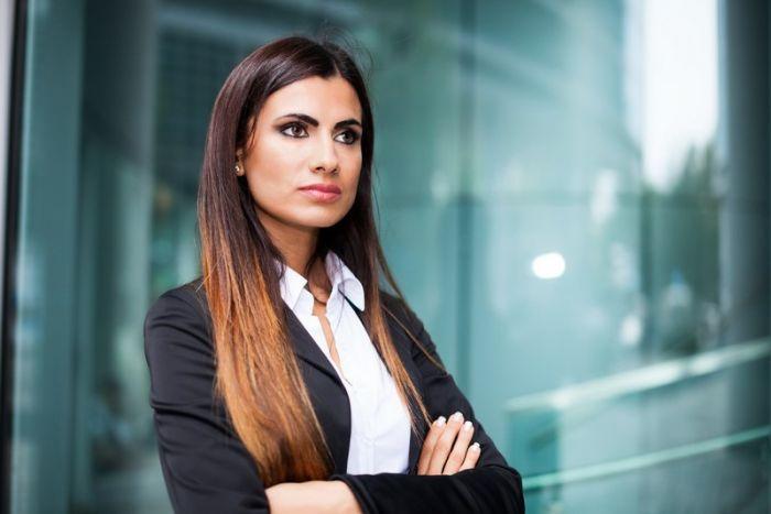Commercial-manager client :  Etudes, diplômes, salaire, formation, rôle, compétences   Carrière Hôtesse