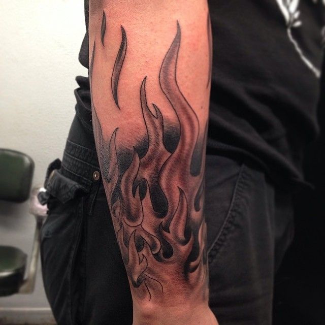 Best 25 flame tattoos ideas on pinterest fire tattoo for Black and white flame tattoo