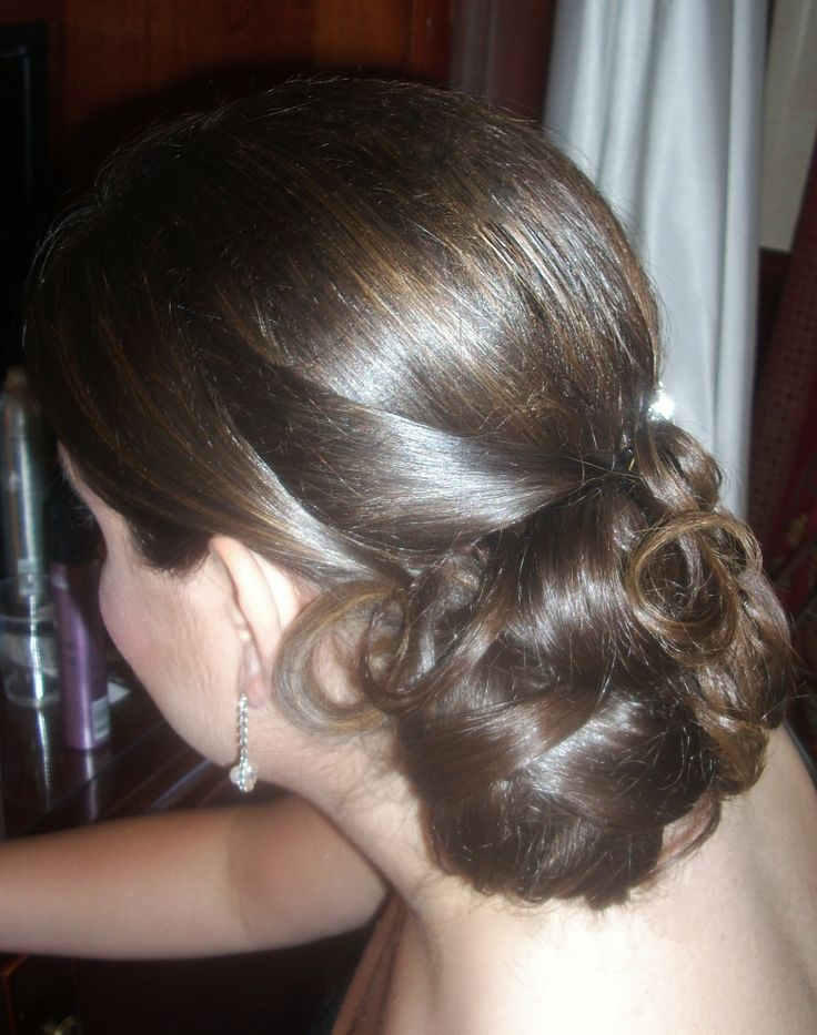 Bridal updo by Janita / Rome, Italy  http://www.hairmakeupnails-rome.com/
