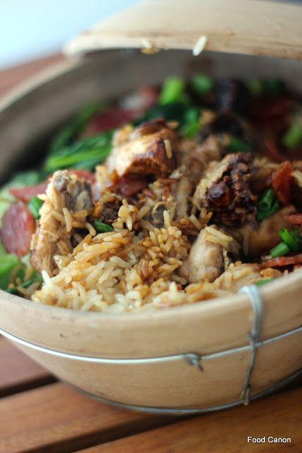 The Food Canon - Inspiring Home Cooks: Claypot Chicken Rice - The Smokey & Crusted Way  *droooooool*
