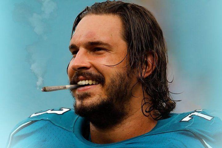 Former NFL Lineman Sings Praises of Cannabis Use