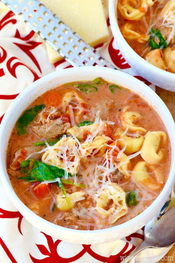 Slow Cooker Creamy Tortellini Soup | Wine & Glue | this is an easy filling dinner that is PACKED with flavor!