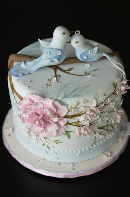 Gorgeous bird cake by Designed-by-Mani.