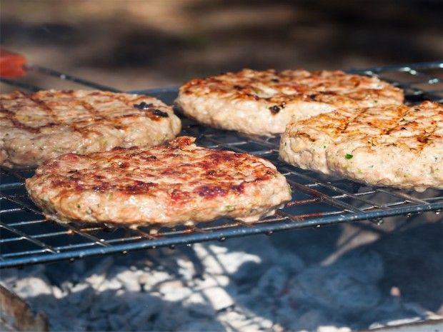 Dukan Turkey Burgers Using Old Bay Seasoning