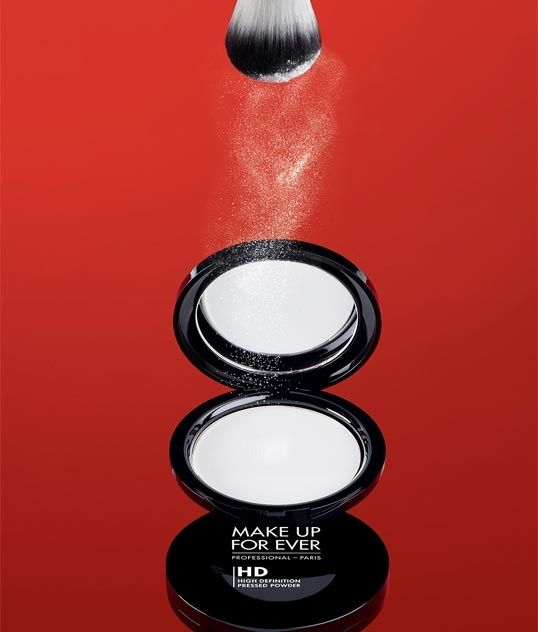 MAKE UP FOR EVER Launches Popular HD Microfinish Loose Powder in a New HD Pressed Powder Compact