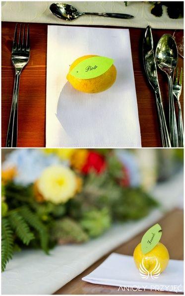 6. Forest Wedding,Outdoor wedding decor,Lemon place card / Leśne wesele,Wesele w plenerze,Owocowe winietki,Anioły Przyjęć