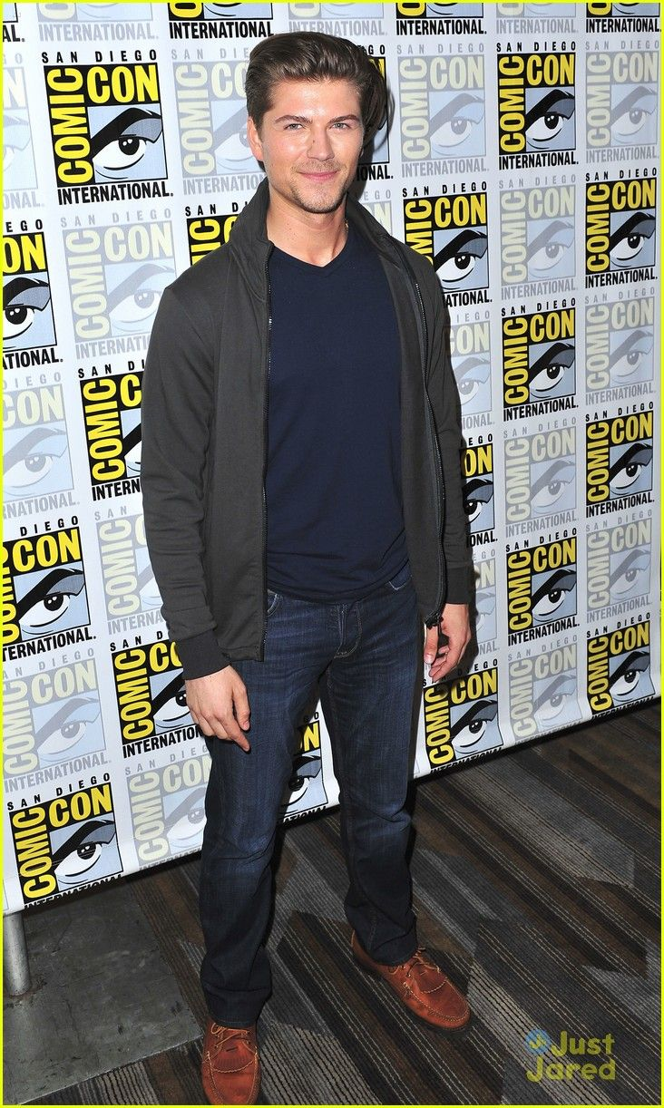 Amadeus Serafini at the Comic-Con 2015