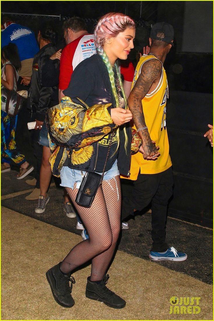 Kendall & Kylie Jenner Take On Day Two of Coachella 2016: Photo #3633708. Kylie Jenner walks hand-in-hand with her boyfriend Tyga as she makes her way through the 2016 Coachella Music Festival on Saturday night (April 16) in Palm Springs,…