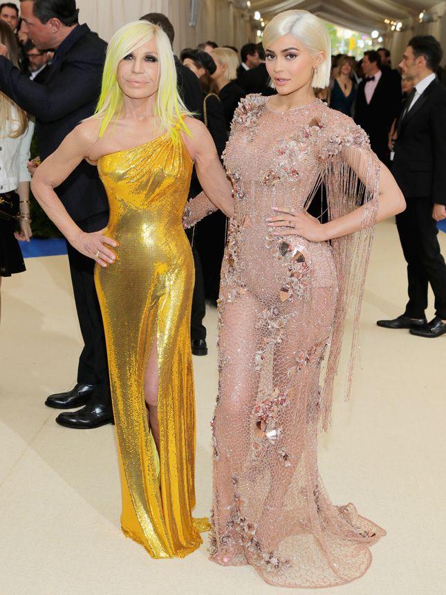 Донателла Версаче и Кайли Дженнер в Versace