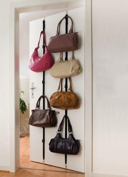 Rangez vos sacs à main en suivant ces 4 astuces !   Rangement sac à main, Rangement sac et ...
