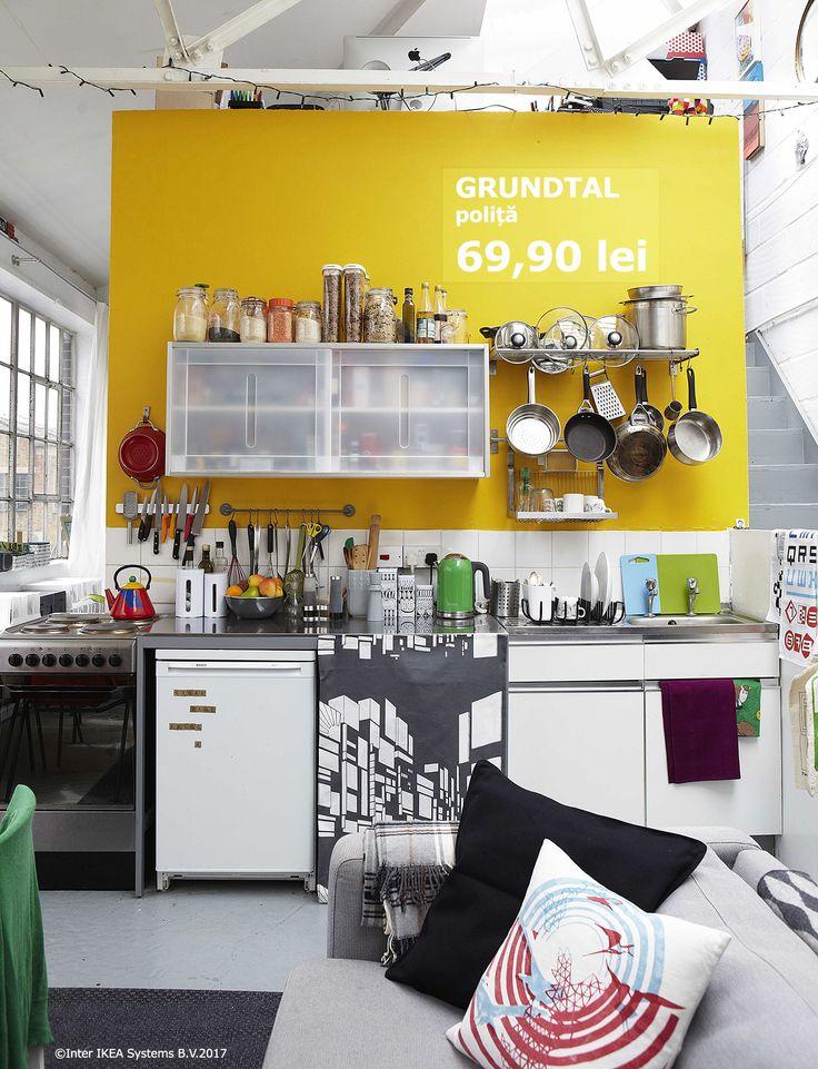 Folosește-te de culori ca să delimitezi spațiile în casa ta. De exemplu, poți separa bucătăria de restul spațiului printr-un perete de altă nuanță.