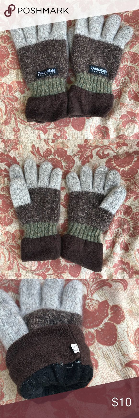 Wool Thinsulate gloves Warm and cozy wool gloves. Lined, so they are soft on inside. Grey, brown, green stripe. Some loose stitching on inside (see last pic), otherwise good used condition! Price reflects wear! Thinsulate Accessories Gloves & Mittens
