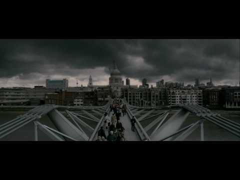 Millenium Bridge scene in HP. Inspiration for light streaks idea