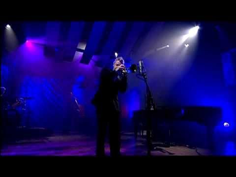 "Outstanding trumpet player, Chris Botti plays ""My Funny Valentine"" - melodic & heartfelt version......"