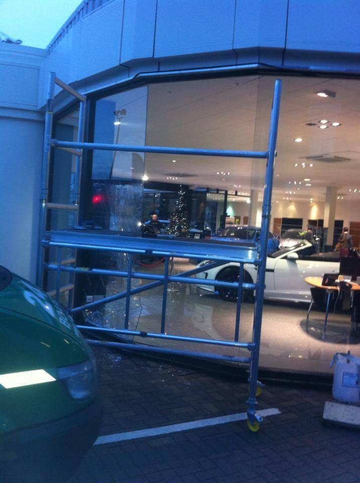 Jaguar Showroom -  Replacement Glass - Gallery - Preston | Higher Walton Glass