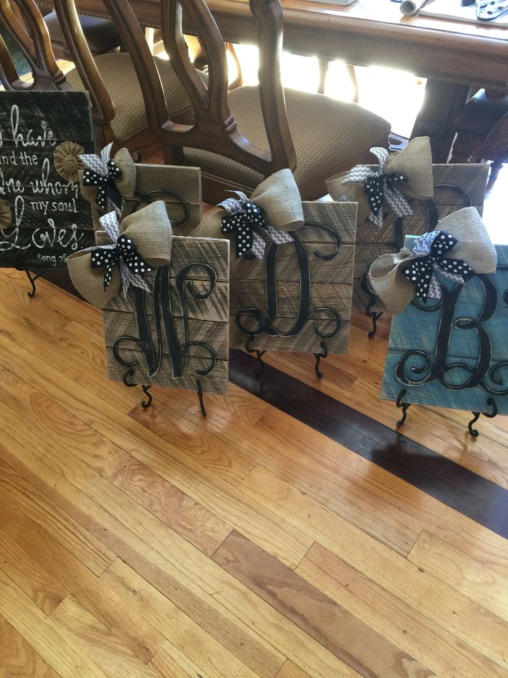 Initial wood pallet signs