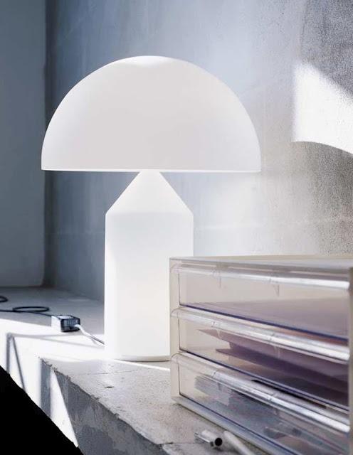 Atollo lamp by Vico Magistretti