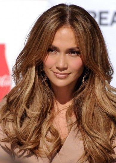 Degradado de Jennifer Lopez en castaño claro