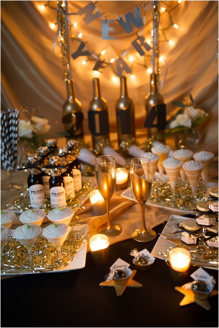 Lovely Festive New Yearu0027s Eve Party Decoration Idea That You Will Love For Your New  Yearu0027s Party