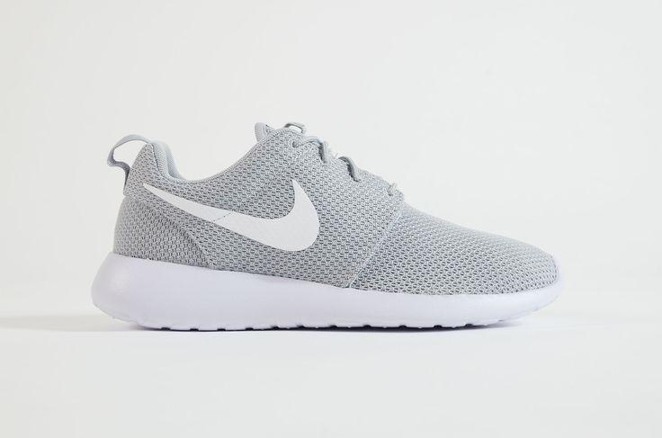 Nike - Roshe One (Wolf Grey/ White