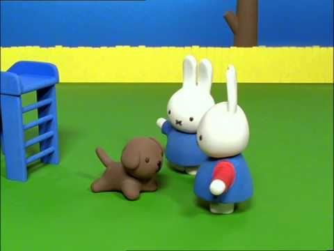 Nijntje - 61 - Nijntje en Snuffie in de speeltuin - YouTube