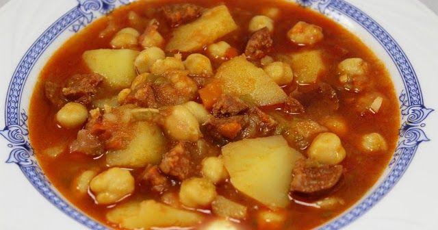 Plato de cuchareo estupendo, Potaje de garbanzos con patatas, y preparar un buen pan, jeejeje. Con Thermomix.