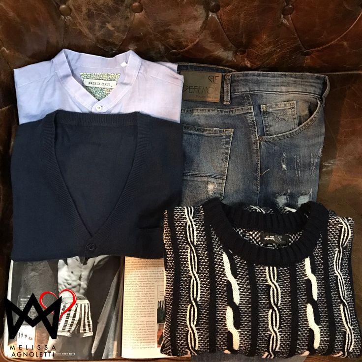 Maglione, cardigan, camicia e jeans per un Outfit ideale!!! Tutti questi prodotti sul nostro Shop On-Line!