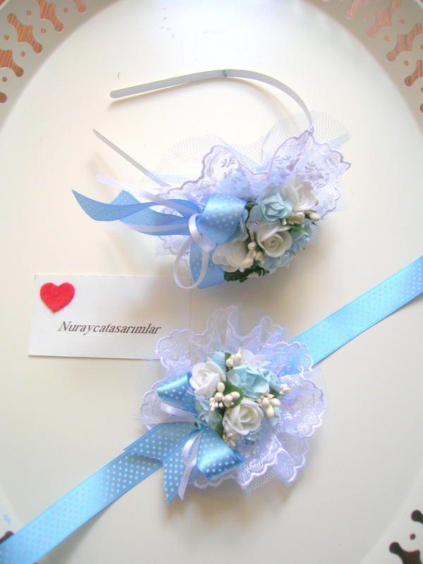 Anne adaylarına ,özel tasarım ,şıklığınızı tamamlayacak lohusa tacı ve lohusa bilekliği.  Size özel tasarımlar...   Not: Mavi çiçekler bir-iki ton koyu olarak kullanılabilir.