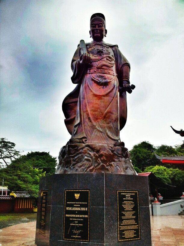 Sam Poo Kong Statue... about Chinese Traveller... -Semarang, Central Java- #statue #history #indonesia #building #architecture