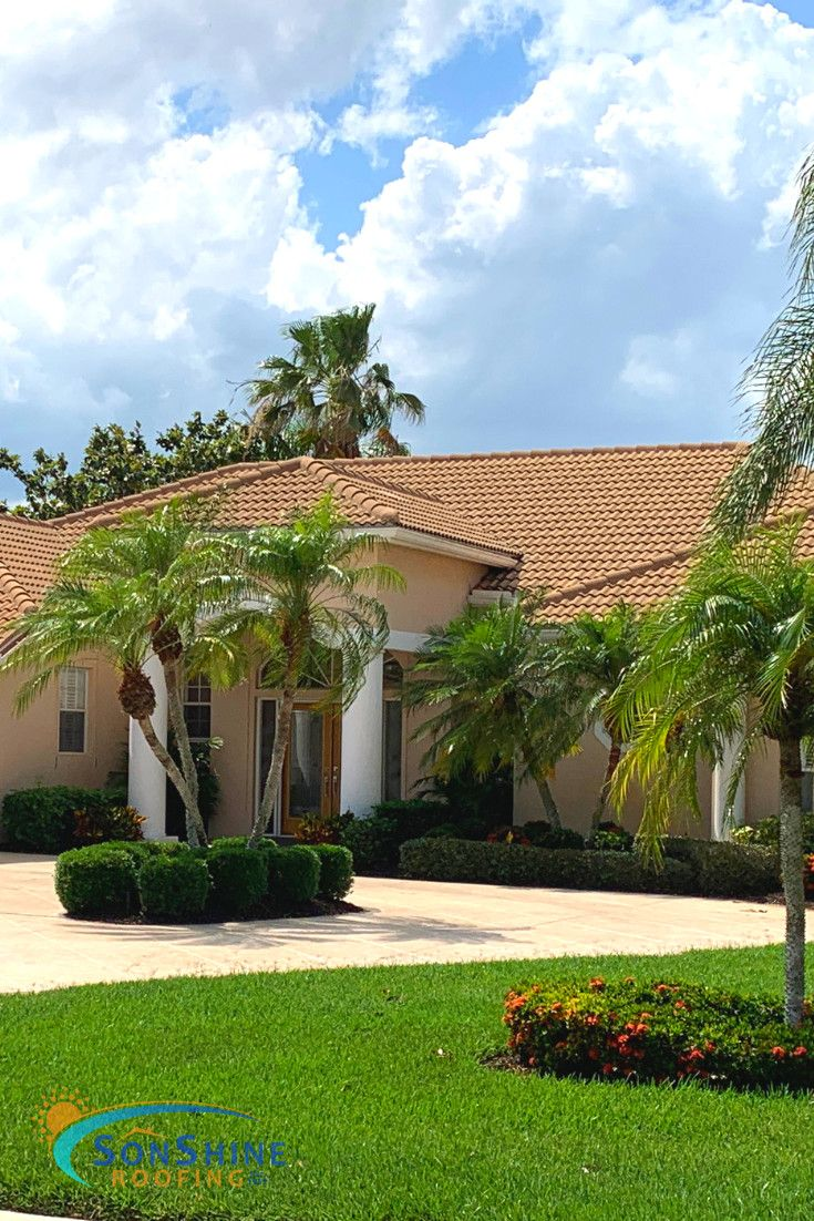 Project Spotlight Beautiful New Roof On This Home In Sarasota This Is A Boral Estate Coquina Tile With White Antiqu Roofing Companies Roofing Roofing Options
