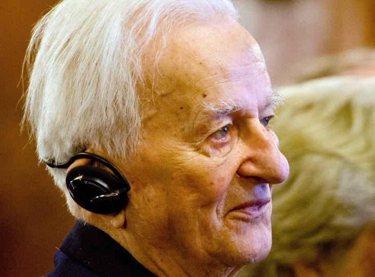 Richard von Weizsäcker (94)