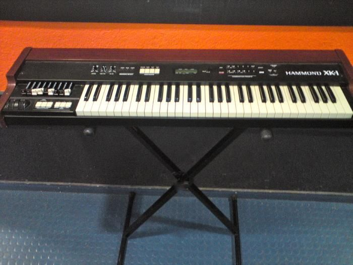 Hammond XK-1,  a fake Hammond from Hammond (Hammond Suzuki, anyway.).  Decent organ sound, vast improvement over earlier HS clones, but Korg, Nord and others do it better.  A good entry level clone.