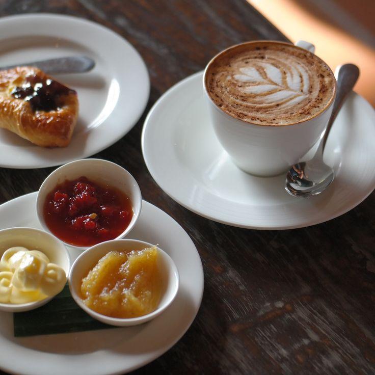 Wake up, drink coffee, choose joy! Happy weekend everyone!