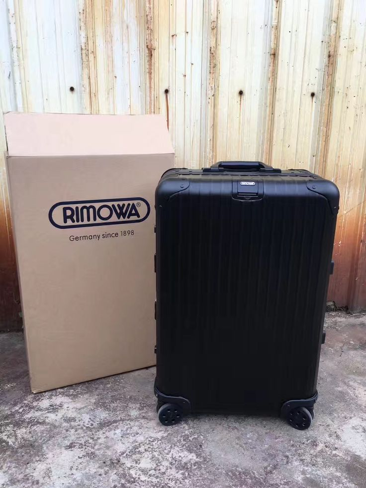 Rimowa FOR SALE!! Viber me for all interested 09156315755