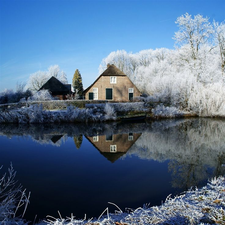 Farmhouse along Kromme Rijn River #Retina #iPad Wallpaper | More iPad mini 2 wallpapers download in http://www.ilikewallpaper.net/ipad-air-wallpaper.