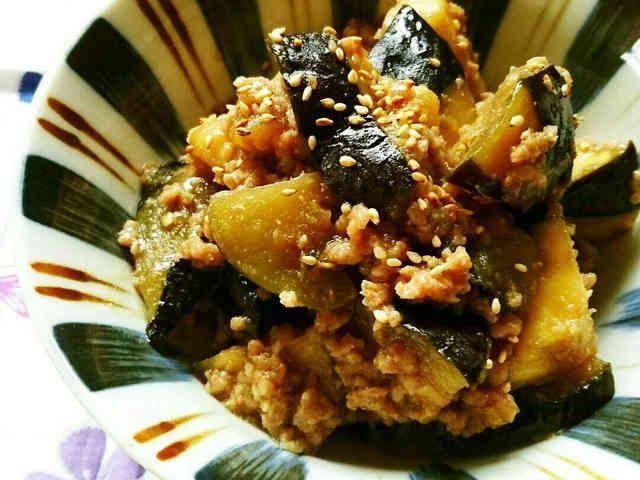 レンジで簡単☆米なすの味噌そぼろ煮。の画像