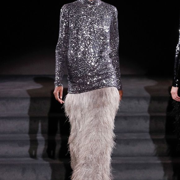 Tom Ford Dresses & Skirts - Tom Ford Ostrich Feather Ombré Column Maxi Skirt Fall 2016 Runway - Size IT46 (US12)