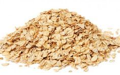 Avena: proprietà nutrizionali e dimagranti, benefici e controindicazioni - Molte sono le proprietà nutrizionali, dimagranti e i benefici dell'avena. Questo cereale fornisce fibre e tiene sotto controllo il colesterolo. Attenzione alle controindicazioni.