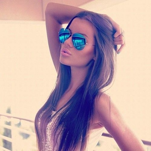 love the hair and the sun glasses