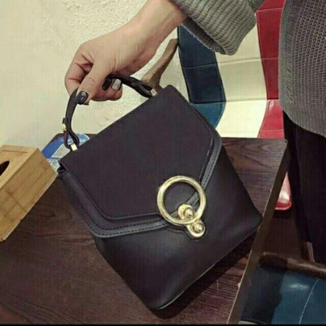 Balo được bán trên Shopee với giá chỉ ₫ 180.000 ! Mua ngay: http://shopee.vn/tanlanmc/284899541! #ShopeeVN