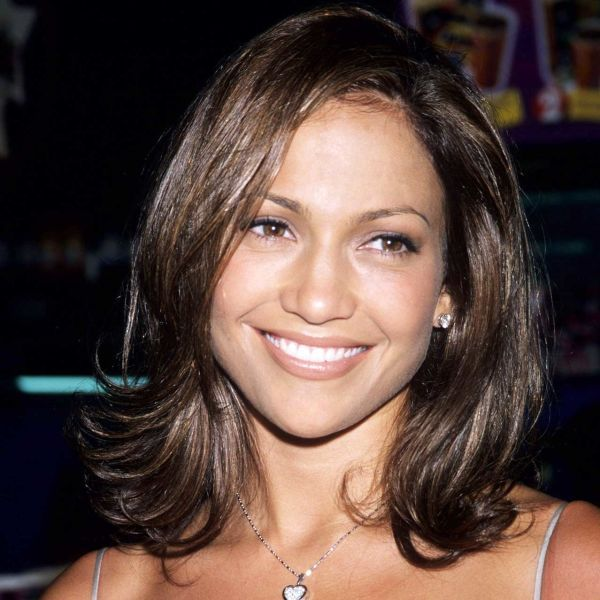 """Remember when Jennifer Lopez took the """"Rachel"""" haircut for a spin in 2008?"""
