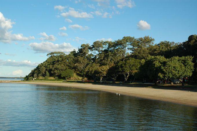 Lower Moora Park & Beach Shorncliffe | Brisbane Kids Parks