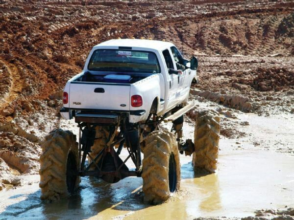 Best 25  Mudding trucks ideas on Pinterest | Lifted trucks, Best ...