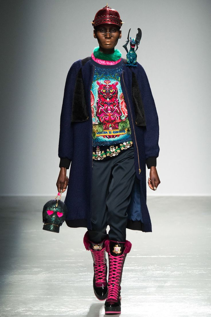 http://www.style.com/slideshows/fashion-shows/fall-2015-ready-to-wear/manish-arora/collection/7