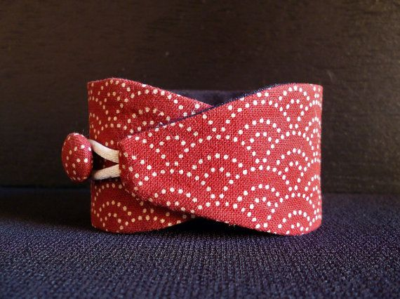 Obi bracelet Red sashiko - japanese fabric 100%cotton - Sashiko pattern on Etsy, $12.00