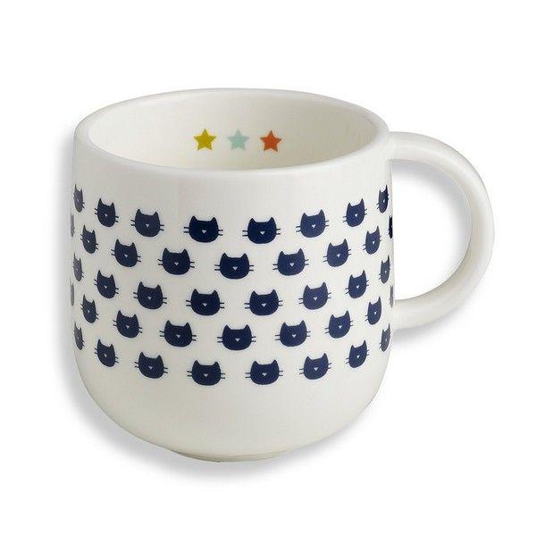 Ravissant mug en porcelaine blanche sérigraphié de têtes de chats , design Bandjo pour Atomic Soda . A compléter avec les autres produits de la même série . A collectionner ou à offrir pour un succès assuré ! On aime le motif chat et la frise étoile sur l'intérieur, initialement prévu pour les enfants, on leur emprunte sans problème !</p>