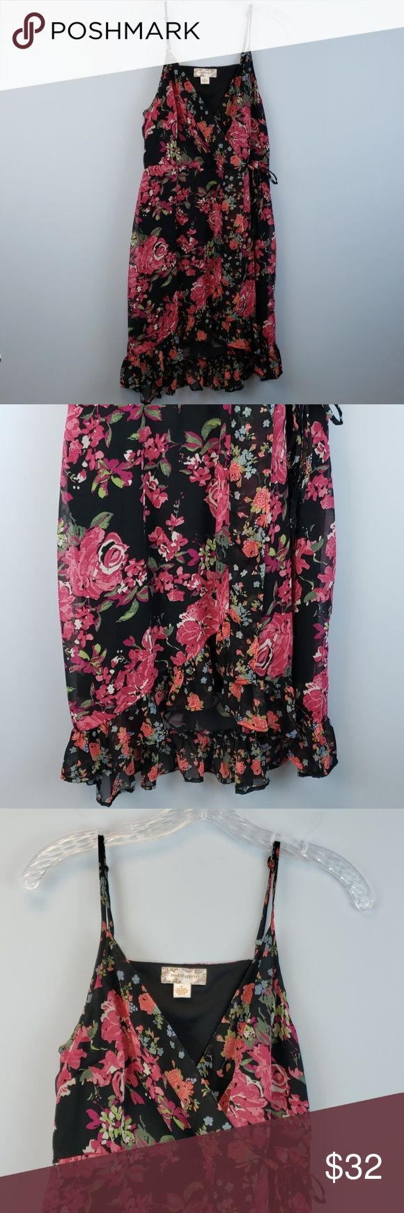 Band of Gypsies | floral faux wrap dress Black faux wrap with pink floral design…