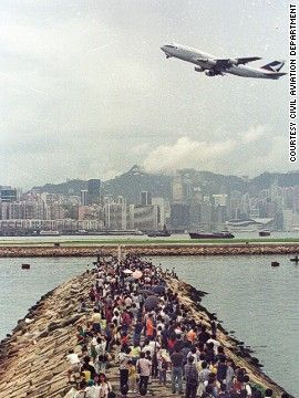 Kwun Tong Ferry Pier was another popular location for plane spotters.